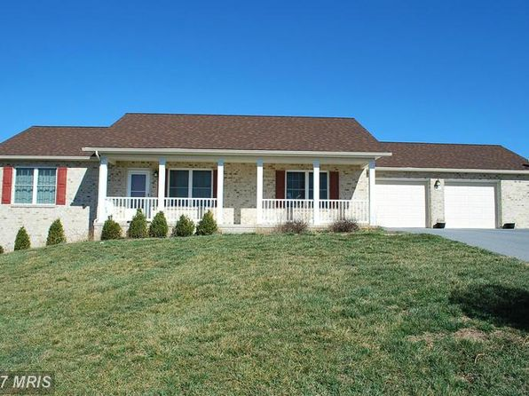 3 bed 2 bath Single Family at 67 Fluorite Dr Chambersburg, PA, 17202 is for sale at 185k - 1 of 23