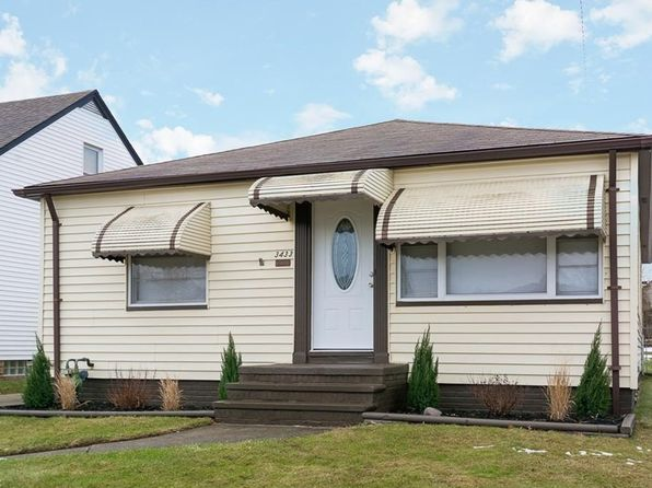 3 bed 1 bath Single Family at 3433 Maplecrest Ave Parma, OH, 44134 is for sale at 135k - 1 of 19