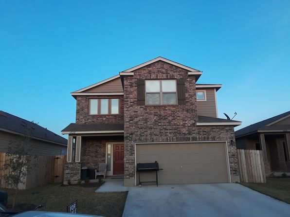 4 bed 3 bath Single Family at 1628 Port Victoria Dr Laredo, TX, 78045 is for sale at 180k - 1 of 8