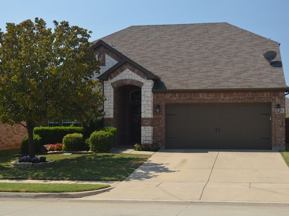 4 bed 3 bath Single Family at 2832 Thorncreek Ln Fort Worth, TX, 76177 is for sale at 260k - 1 of 19