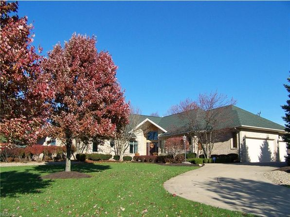 4 bed 4 bath Single Family at 4405 Lakeview Glen Dr Medina, OH, 44256 is for sale at 490k - 1 of 32