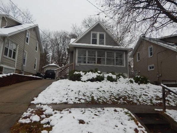 2 bed 1 bath Single Family at 1323 S Walnut Ave Freeport, IL, 61032 is for sale at 16k - 1 of 12