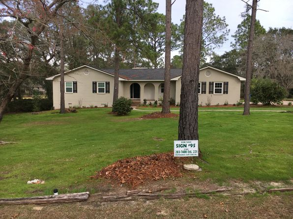 3 bed 3 bath Single Family at 1346 N River Oaks Dr Blackshear, GA, 31516 is for sale at 190k - 1 of 14