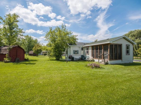 3 bed 1 bath Condo at W4945 County Road Es Elkhorn, WI, 53121 is for sale at 35k - 1 of 11