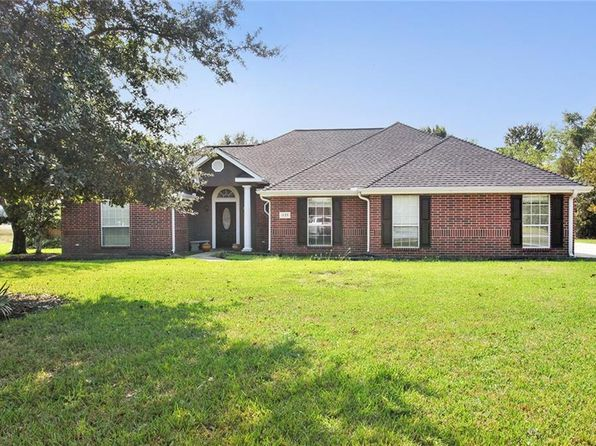 4 bed 3 bath Single Family at 1133 Oakleaf Ln Lake Charles, LA, 70605 is for sale at 335k - 1 of 21