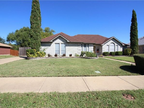 3 bed 2 bath Single Family at 353 El Rio Dr Mesquite, TX, 75150 is for sale at 205k - 1 of 13