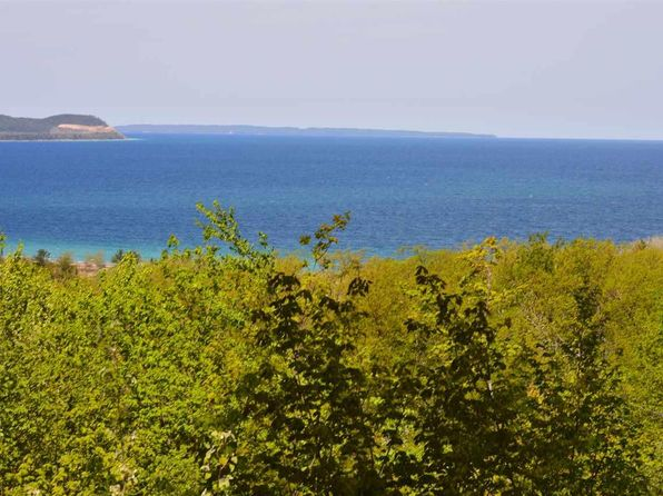 null bed null bath Vacant Land at 2176 S Ridge Rd Lake Leelanau, MI, 49653 is for sale at 295k - 1 of 38