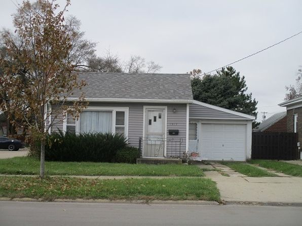 1 bed 1 bath Single Family at 1517 La Salle St Ottawa, IL, 61350 is for sale at 70k - 1 of 3