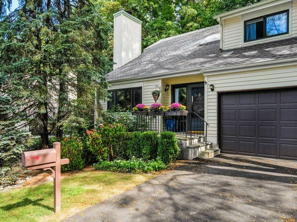 3 bed 4 bath Single Family at 10 Harriman Keep Irvington, NY, 10533 is for sale at 845k - 1 of 22