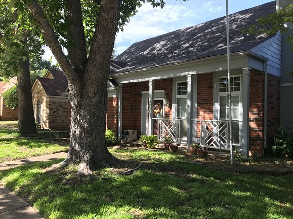 3 bed 2 bath Single Family at 1901 Smokey Mountain Trl Mesquite, TX, 75149 is for sale at 165k - 1 of 10