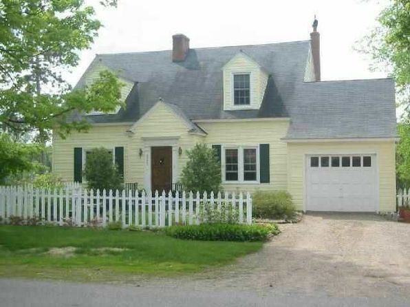 3 bed 3 bath Single Family at 425 Spring Ave Florence, WI, 54121 is for sale at 140k - 1 of 5