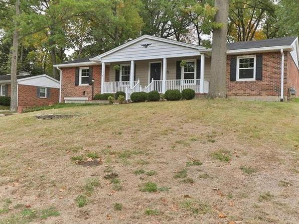 3 bed 3 bath Single Family at 7621 CAPILIA DR SAINT LOUIS, MO, 63123 is for sale at 395k - 1 of 34