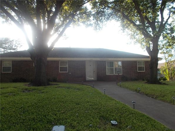3 bed 2 bath Single Family at 109 Meadowcrest Dr Desoto, TX, 75115 is for sale at 164k - 1 of 10