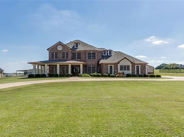 6 bed 4 bath Single Family at 10104 Tantarra Dr Burleson, TX, 76028 is for sale at 509k - 1 of 36