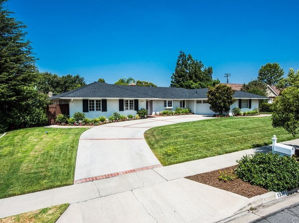 4 bed 3 bath Single Family at 13381 Kootenay Dr Santa Ana, CA, 92705 is for sale at 1.10m - 1 of 29