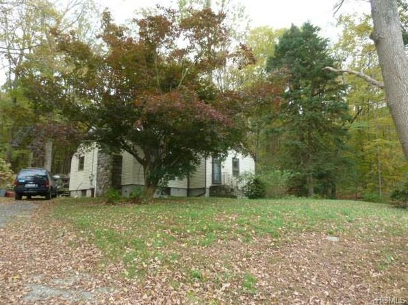 2 bed 1 bath Single Family at 1394 Peekskill Hollow Rd Carmel, NY, 10512 is for sale at 230k - 1 of 4