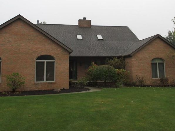 3 bed 4 bath Single Family at 2602 CANYON CREEK DR HINCKLEY, OH, 44233 is for sale at 360k - 1 of 30