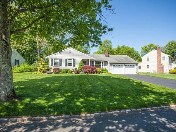 3 bed 3 bath Single Family at 41 Fieldcrest Dr Scotch Plains, NJ, 07076 is for sale at 729k - 1 of 48