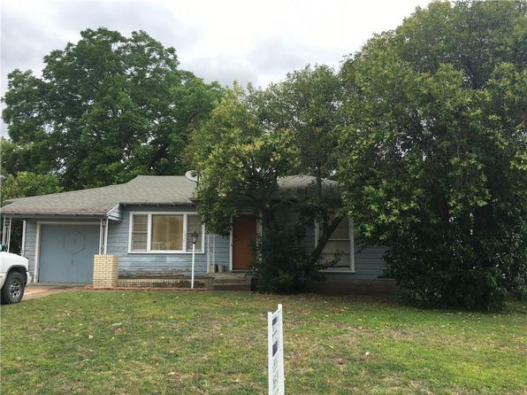 2 bed 1 bath Single Family at 407 W Pleasant Run Rd Lancaster, TX, 75146 is for sale at 89k - 1 of 13