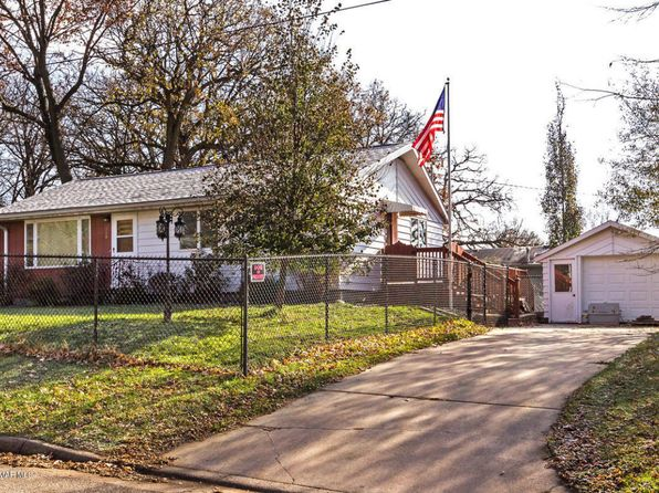 3 bed 2 bath Single Family at 318 Hawley St SE Chatfield, MN, 55923 is for sale at 150k - 1 of 22