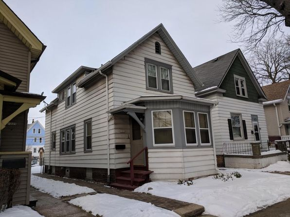 3 bed 1 bath Single Family at 1221 S 22nd St Milwaukee, WI, 53204 is for sale at 65k - 1 of 21
