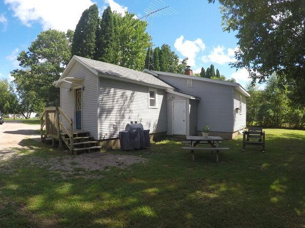 2 bed 1 bath Single Family at N2897 Pryse Dr Waupaca, WI, 54981 is for sale at 68k - 1 of 35