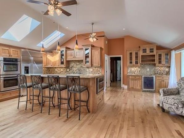 4 bed 3.5 bath Single Family at 2 Old Lowell Rd Westford, MA, 01886 is for sale at 785k - 1 of 30