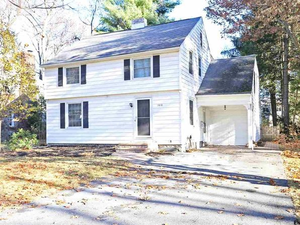 4 bed 3 bath Single Family at 1410 Valencia Rd Niskayuna, NY, 12309 is for sale at 325k - 1 of 25