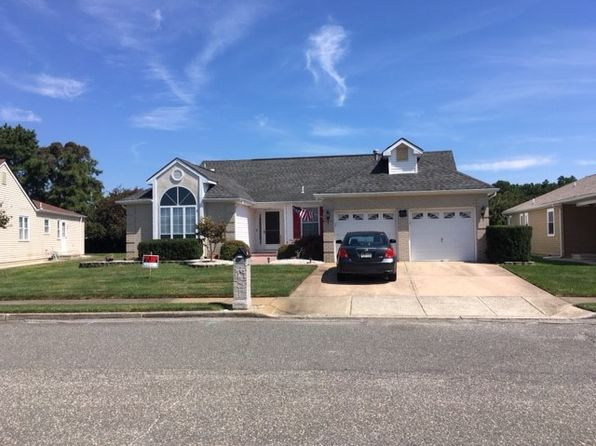 2 bed 2 bath Single Family at 14 Oakengates Dr Toms River, NJ, 08757 is for sale at 285k - google static map