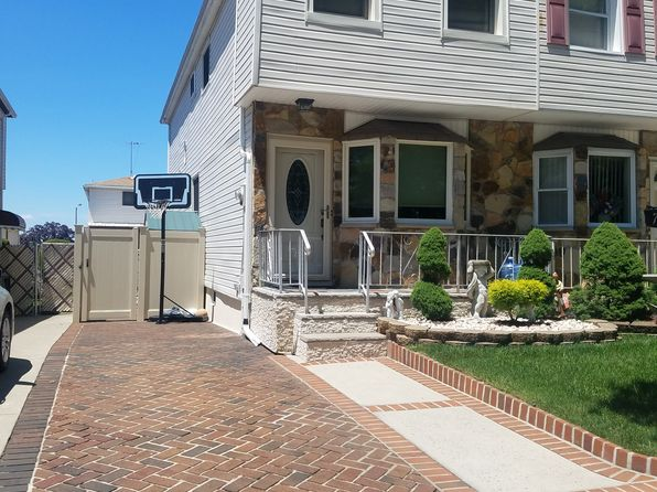3 bed 3 bath Single Family at 70 Shale St Staten Island, NY, 10314 is for sale at 499k - 1 of 13
