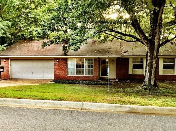 4 bed 2 bath Single Family at 2763 N Stagecoach Dr Fayetteville, AR, 72703 is for sale at 136k - 1 of 20