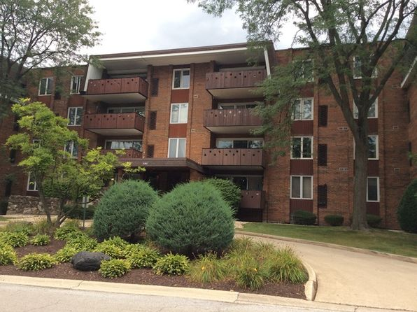 2 bed 2 bath Condo at 121 S Spruce Ave Wood Dale, IL, 60191 is for sale at 160k - 1 of 24