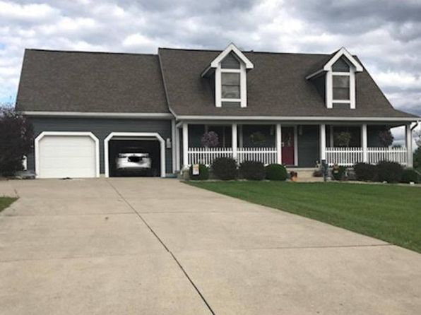 3 bed 4 bath Single Family at 1183 Country Club Rd Jackson, OH, 45640 is for sale at 250k - 1 of 13