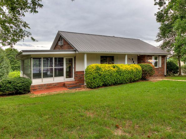3 bed 2 bath Single Family at 603 Cedar St Loudon, TN, 37774 is for sale at 150k - 1 of 36