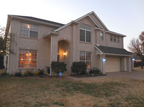 4 bed 4 bath Single Family at 3700 Ranchman Blvd Denton, TX, 76210 is for sale at 300k - 1 of 27
