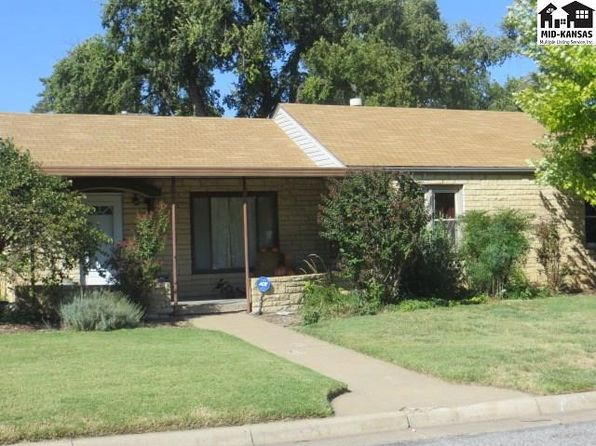 3 bed 1 bath Single Family at 302 E 8th St Pratt, KS, 67124 is for sale at 78k - 1 of 16