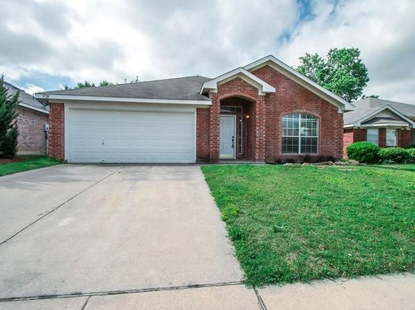 4 bed 2 bath Single Family at 8724 Lake Springs Trl Hurst, TX, 76053 is for sale at 240k - 1 of 14