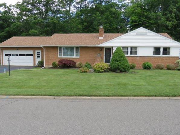 3 bed 2 bath Single Family at 201 Brook Hill Ave Vestal, NY, 13850 is for sale at 150k - 1 of 19