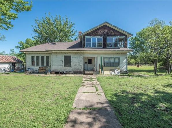 5 bed 3 bath Single Family at 407 BORDER ST MILFORD, TX, 76670 is for sale at 62k - 1 of 20