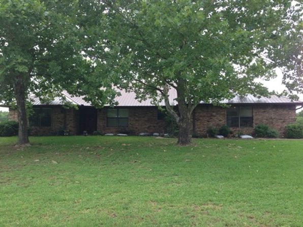 3 bed 2 bath Single Family at 400 County Road 42570 Paris, TX, 75462 is for sale at 325k - 1 of 6