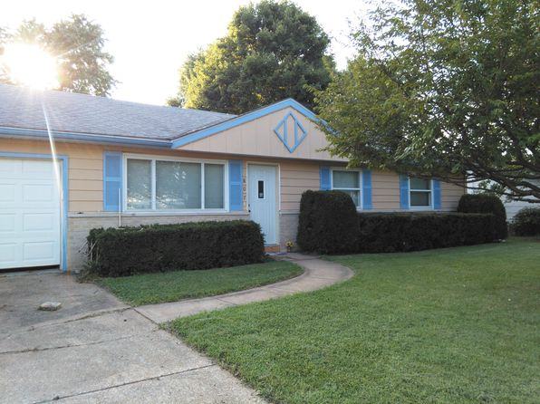 3 bed 2 bath Single Family at 807 Coral Dr Fairview Heights, IL, 62208 is for sale at 90k - 1 of 19