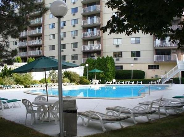1 bed 1 bath Condo at 151 COOLIDGE AVE WATERTOWN, MA, 02472 is for sale at 480k - 1 of 8