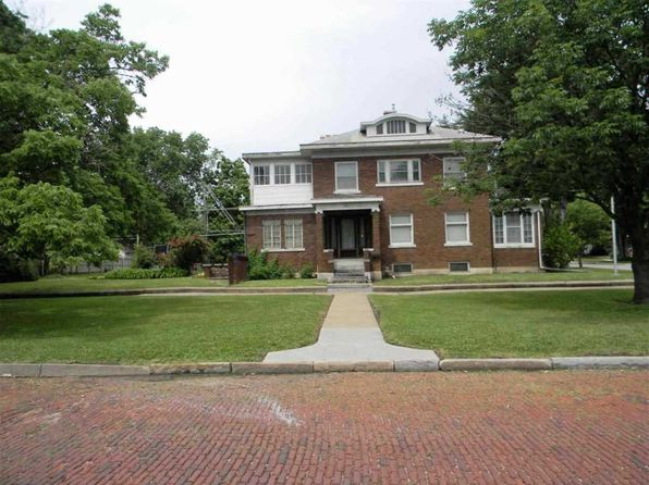 2 bed 1.5 bath Single Family at 501 SW Western Ave Topeka, KS, 66606 is for sale at 57k - 1 of 20