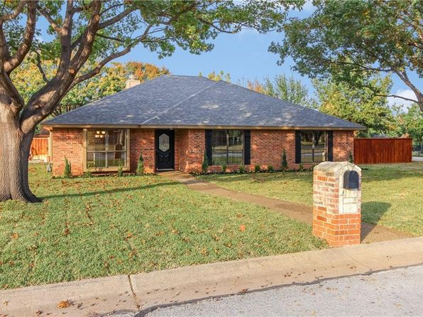 3 bed 2 bath Single Family at 155 Desiree Ln Highland Village, TX, 75077 is for sale at 335k - 1 of 35