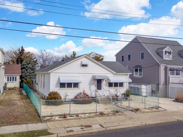 4 bed 2 bath Single Family at 110 G St Seaside Park, NJ, 08752 is for sale at 499k - 1 of 18