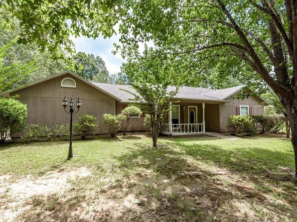 3 bed 2 bath Single Family at 3620 Bellevue Rd Haughton, LA, 71037 is for sale at 174k - 1 of 26