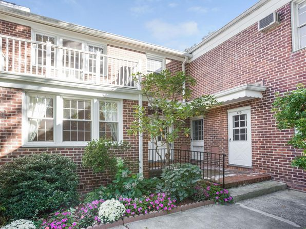 1 bed 1 bath Condo at 178 Putnam Park Greenwich, CT, 06830 is for sale at 385k - 1 of 20
