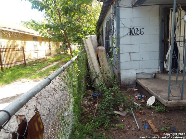 2 bed 2 bath Multi Family at 1026 Ruiz St San Antonio, TX, 78207 is for sale at 42k - 1 of 13