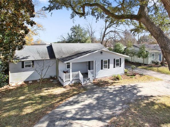 3 bed 2 bath Single Family at 119 Garden St Sulphur, LA, 70663 is for sale at 230k - 1 of 21