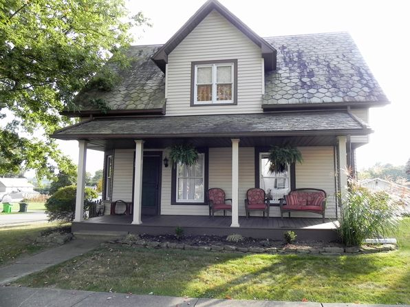 3 bed 2 bath Single Family at 302 Maple St SW Sugarcreek, OH, 44681 is for sale at 169k - 1 of 16